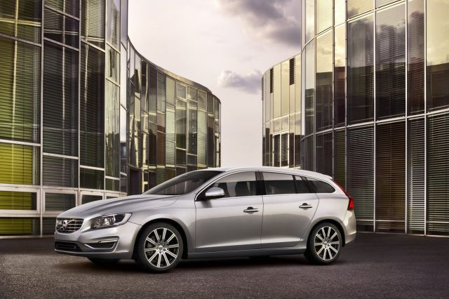 alb_53_55_2014-Volvo-S60-V60-XC60-11%5B2%5D.jpg